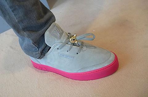 Louis Vuitton boty od K. Westa   dámské i pánské 90d2e9db296