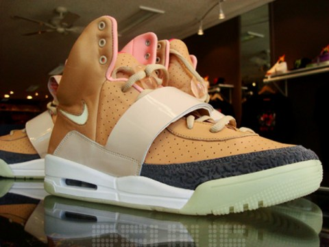 Nike Air Yeezy Net Net Colorway / detailní foto