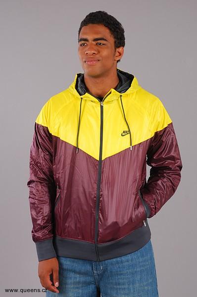 (http  Skvělá zpráva! Nová kolekce oblečení Nike přidána na Queens.cz ! 854225f426