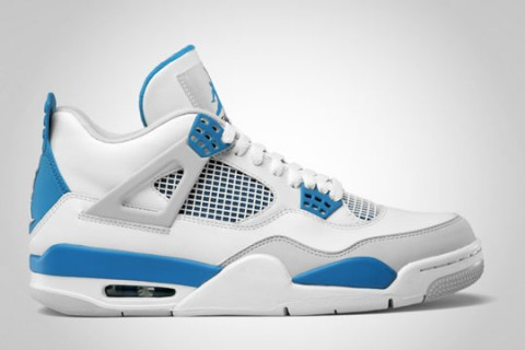 Air Jordan 4 Retro Military Blue / Legenda míří k nám