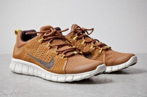 Nike Free Powerlines+ II / Colorway Two-Tone Brown