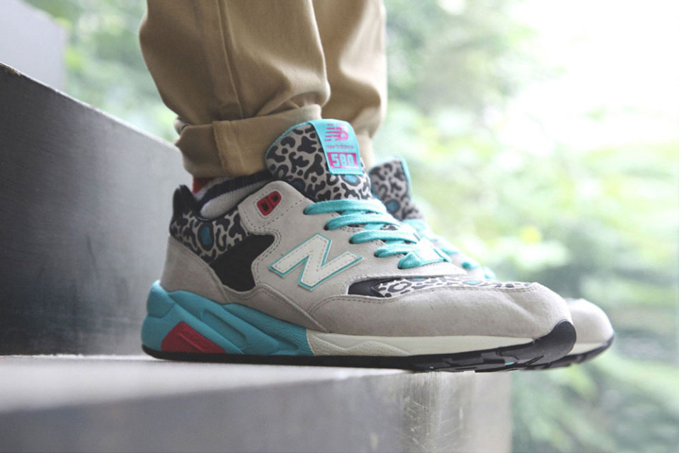 New Balance x Kasina MRT580 / Sneaker & Accessories