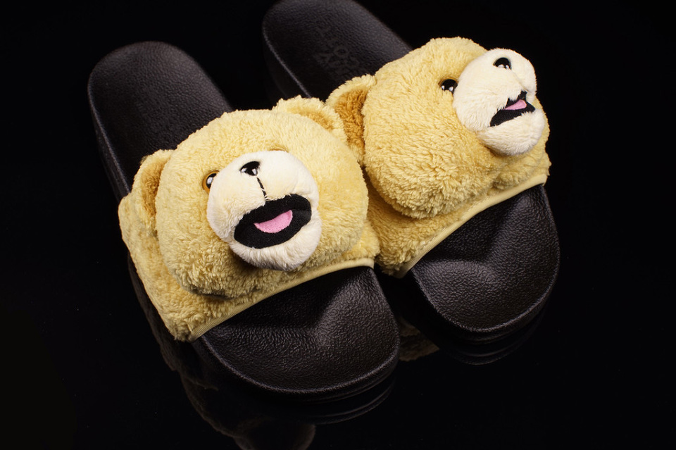 adidas Originals x Jeremy Scott Teddy Bear Sandals / Fresh pantofle