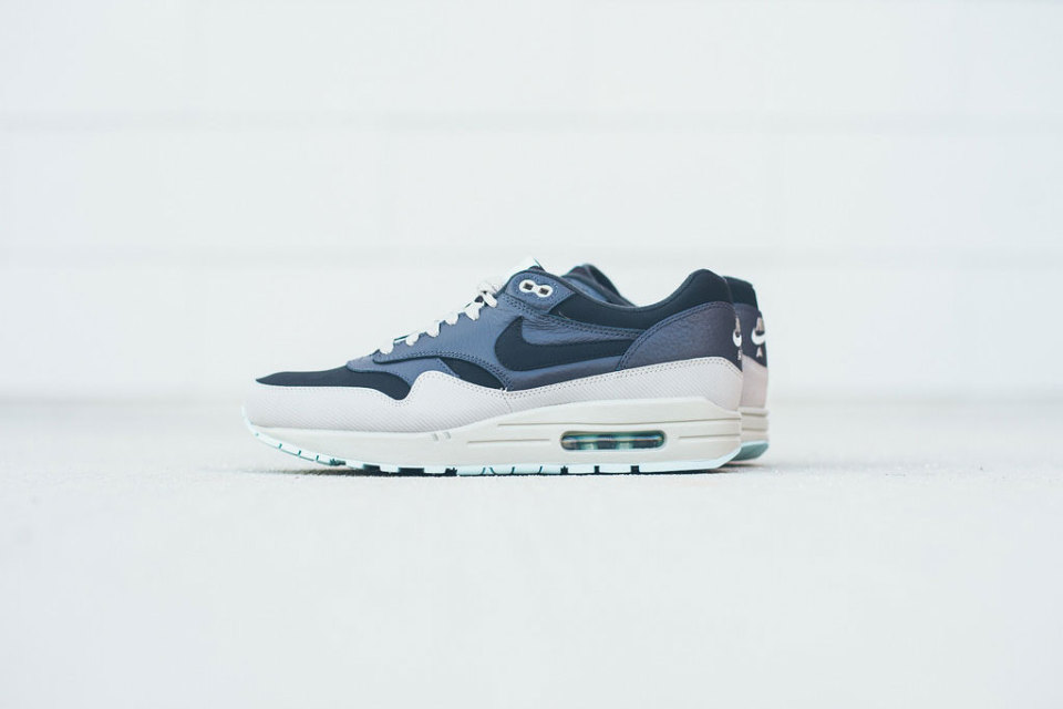Tenisky Nike Air Max 1 / Colorway Dark Ash