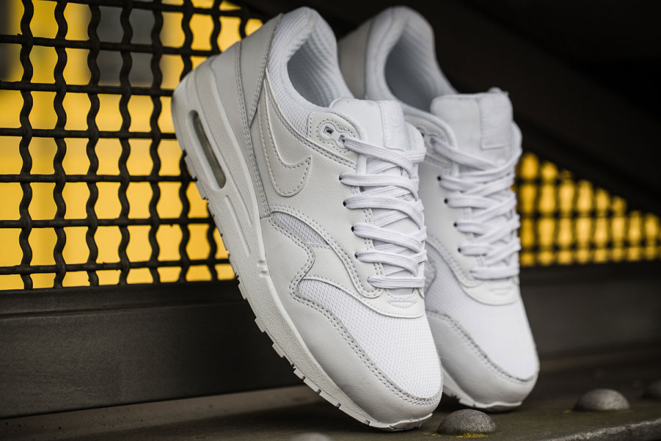 Nike Air Max 1 Ultra Essential / Celobílá varianta Triple White