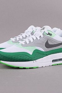 http://www.queens.cz/wear/49003/2/nike-air-max-1-br/