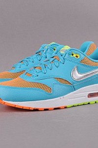http://www.queens.cz/wear/48897/106/nike-air-max-1-le-gs/